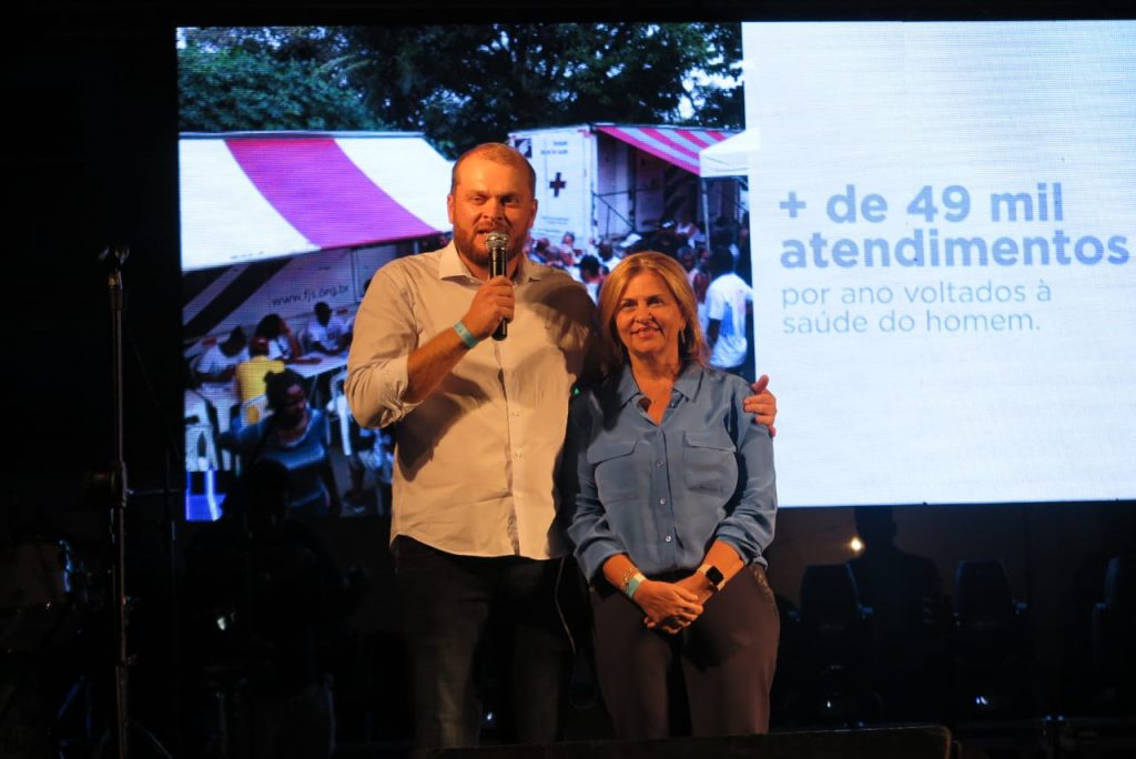 Novembro Azul: Santa Casa de Jequié realiza show beneficente com Anderson Freire