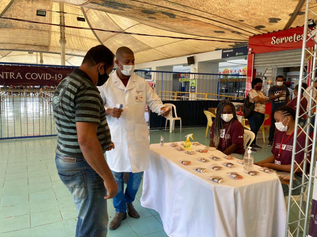 Feriadão com segurança: Fundação José Silveira realiza ação de conscientização contra Covid-19 em Salvador e na Ilha de Itaparica